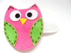 Felt Owl Hair Clip- Owl Hair Clippie- Snap Clip- Pink and Green Owl- Infant, Toddler, Child, Teenager. $3.00, via Etsy.