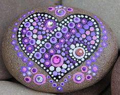 Image result for dot mandala painting Dot Art Painting, Mandala Painting, Pebble Painting, Pebble Art, Mandala Art, Stone Painting, Mandala Painted Rocks, Mandala Rocks, Hand Painted Rocks