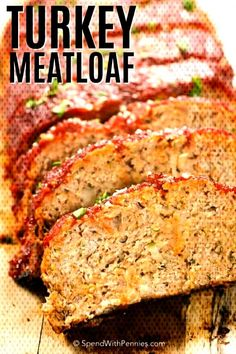 This Turkey meatloaf recipe is moist and tender. This is made with lean ground turkey and it's a family favorite! This Turkey meatloaf recipe is moist and tender. This is made with lean ground turkey and it's a family favorite! Ground Turkey Meatloaf, Turkey Loaf, Ground Turkey Tacos, Ground Turkey Recipes, Healthy Meatloaf, Best Meatloaf, Meatloaf Recipes, Easy Lasagna Recipe, Meat Loaf Recipe Easy