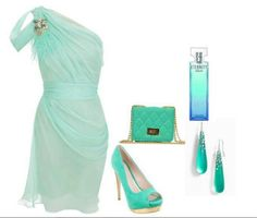 Beautiful wedding guest outfit!