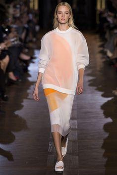 Stella McCartney Spring 2011 Ready-to-Wear Fashion Show