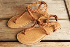 Minnetonka Moccasin Sandal, Liberty, Brown
