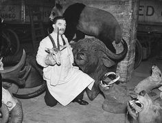 Big game hunting in yesteryear, in pictures - Telegraph