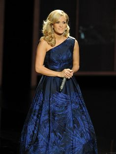 Carrie Underwood - The 65th Annual Primetime Emmy Awards