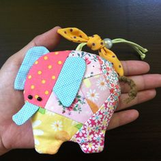 Items similar to Elephant Patchwork Key Cover, Key Holder, Key Protector on Etsy Diy Sewing Projects, Projects For Kids, Cute Crafts, Diy And Crafts, Elmer The Elephants, Costura Diy, Key Pouch, Bazaar Ideas, Diy Keychain