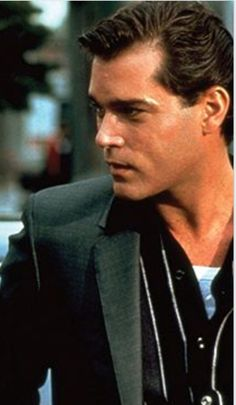 Ray Liotta Ray Liotta, Left Handed, Sexy Men, That Look, Simple, Beauty, Man Candy Monday, Beauty Illustration