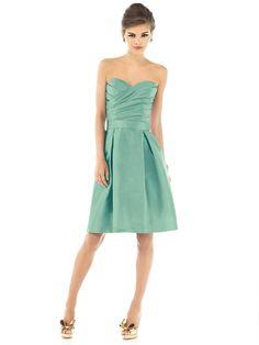 Mint dress - for Beautiful Bridesmaids! #YYWBeautyComp