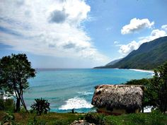 Paraíso Divino. Donde el mar es besado por las montañas.
