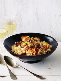 Risotto aux champignons sauvages - Châtelaine Rissoto, Pasta, Mets, Couscous, Fried Rice, Vegan, Cooking, Ethnic Recipes, Salads
