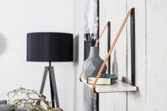 ACCESSOIRES |  Wandplank Fad van Zuiver. Handig en decoratief tegelijk om je favoriete items op uit te stallen! ;)