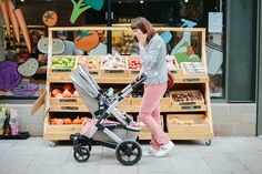 Joolz Geo Review   Joolz Geo pushchair review Parents or parents-to-be will know that buying your travel system for your baby can be a total minefield! I remember looking around the shops when I was pregnant with Wilf and just feeling totally overwhelmed what would be a good fit for us and what would be the useful for our city life. I'm working with Joolz in this post to test out their Joolz Geo. We've had this chair now for about a month which I feel is a good amount of time to really get…