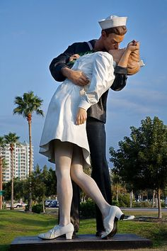 Unconditional Surrender Statue, Sarasota, Florida