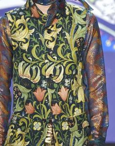 patternprints journal: PRINTS, PATTERNS AND SURFACES FROM NEW YORK FASHION WEEK (WOMAN COLLECTIONS SPRING/SUMMER 2015) / Anna Sui