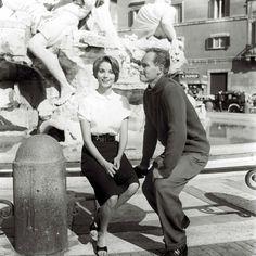Charlton Heston & Elsa Martinelli en Piazza Navona   'Pranzo di Pasqua' movie 1961. © Marcello Geppetti