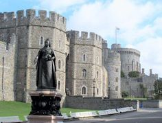 Windsor Castle Ghosts of Windsor Castle Windsor Castle has stood for more than a thousand years and its past has a lot of ghostly stories to tell. The ghost of Henry VIII is one of the most famous ghosts of the castle. Anne Boleyn is another of the castle's many resident ghosts.