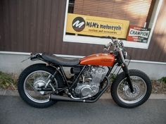 yamaha sr400 Custom Motorcycles, Custom Bikes, Cars And Motorcycles, Scooters, Yamaha Sr400, Sr 500, Yamaha Motor, Mopeds, Street Bikes
