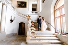 This elegant wedding editorial with its dramatic gown and classic decor is fit for royalty! Rental Wedding Dresses, Bridal Wedding Dresses, Wedding Bells, Floral Wedding, Wedding Cinematography, Destination Wedding Planner, Groom Attire, Elegant Wedding, Austria