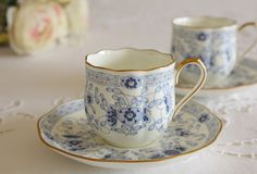 This is one of my most gorgeous tea cups I've ever seen and I have a lot of tea cups.  I want this!!  Gotta find out where I can buy this!!