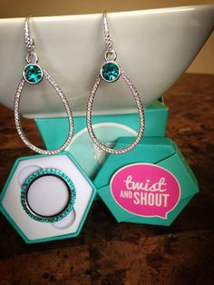 Origami Owl Simply Ear-Resit-able STERLING SILVER PAVE O2 CUSTOM WIRE W/ AQUA CRYSTAL EARRING DROPS and SILVERLARGE SILVER TWIST LOCKET FACE WITH BLUE ZIRCON CRYSTALS BY #SWAROVSKI #rigamiowl #abkelly Ali & B Kelly 702-856-6535