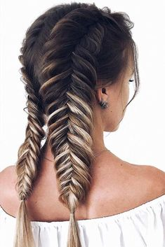 Double Fishtail Braided Styles ❤️ You will definitely need some ideas of easy hairstyles to have the most exciting and relaxing spring break. Save your time and look cool with our ideas. ❤️ Hairstyles 33 Easy Hairstyles for This Spring Break Cool Braid Hairstyles, Summer Hairstyles, Hairstyles Haircuts, Evening Hairstyles, Hairstyle Hacks, Easy Hairstyles For Everyday, Easy Hairstyles For Thick Hair, Party Hairstyle, Female Hairstyles