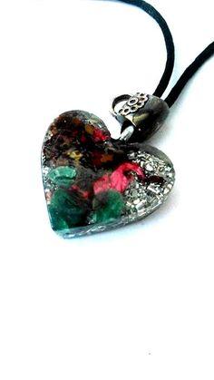 Pendant-orgone-heart-little-Magic-Aventurina-dried flowers-metal-plated-quartz-crafted