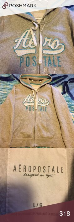 Aeropostale hoodie sweater Used in good condition Aeropostale Sweaters
