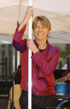 "David Bowie Performs on ""The Today Show"" Summer Concert Series - June 16, 2002"