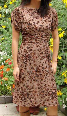 Vintage 1950s Rose Floral Print Dress