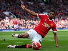 Marcus Rashford, Cameron Borthwick-Jackson sign new Manchester United deals