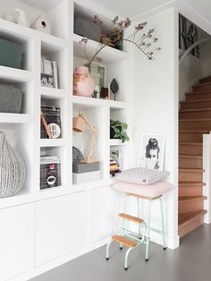 Different sized cubby's for bookcase Interior Walls, Home Interior, Interior Design, Living Room Update, Home Living Room, Living Room Inspiration, Home Decor Inspiration, Sweet Home Alabama, Living Room Remodel