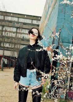 Dempsey Stewart by Greta Ilieva for Under the Influence S/S 2012 Diy Fashion, Retro Fashion, Photoshoot Inspiration, Style Inspiration, Punk Looks, Fashion Gone Rouge, Fashion Killa, Leather Fashion, Cool Kids