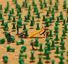#Miniature   Japanese Artist Creates Fun Miniature Dioramas Every Day For 4 Years.