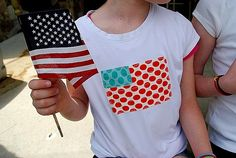 4th of July tshirts... made with scraps from your fabric pile!  Too cute.
