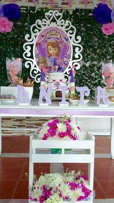 Princesa Sophia, Birthdays, Alice, Girls, Party, Ideas, Princess Sofia Party, Parties, Moana Themed Party