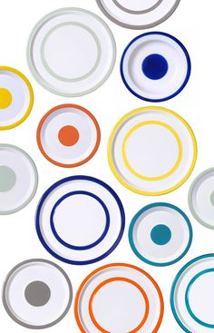 Variopinte - enamelled metal plates with these colorful rimmed edges