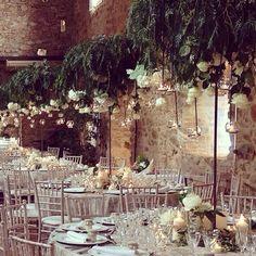 Boda en #conventdeblanes #jardincolgantesobrecadamesa# #banquete #wedding #decoracion #decoracionesespeciales…