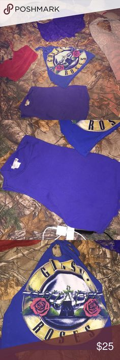 RETAIL STORE CROP TOP BUNDLE I have 5 crop tops that are just insanely cute. All size smalls. 3 of them are halter tops. 1 spaghetti strap top. And one is like a muscle tank style top. Tops Crop Tops