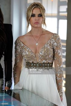 Fell in love with Hannah's dress on the PPL summer finale! I love the wide v-neck, the gold and white embroidery on that top, then the belt bringing it all together. Definitely considering wearing a dress like this!