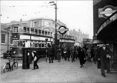 Wood Green 1935 Underground Lines, London Underground, Vintage London, Old London, Paris Metro, London History, North London, Tottenham Hotspur, Black White Photos