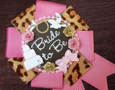 badgelorette - bride to be badge - leopard lady