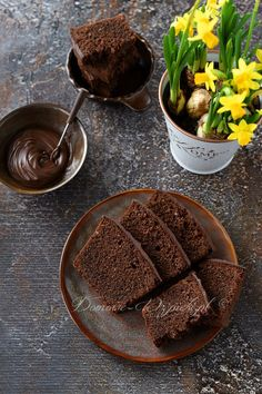 Recipe for Nutella cake. A chocolate cake with a nut nougat cream and ground nuts. The cake is choco Nutella Cake, Chocolate Cake, Chocolate Cream, Low Calorie Recipes, Quick Easy Meals, Yummy Cakes, Food And Drink, Dishes, Baking