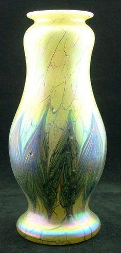 Glas Vase im Jugendstil - Art Nouveau - mundgeblasen - handgearbeitet Cristal Ullmann Paris http://www.amazon.de/dp/B009YXJQ8Q/ref=cm_sw_r_pi_dp_Pb5uwb1ZZENXT