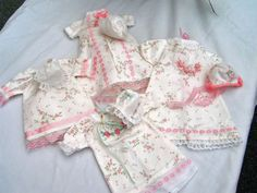 Baby Burial Gown Patterns | ... baby william two boys tiny burial gowns four tiny girls bonnet gown