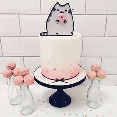 Pusheen The Cat Cake.