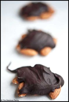 Clean Eating Chocolate Turtles