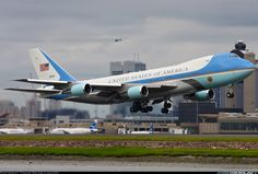 USA - Air Force 82-8000 Boeing VC-25A (747-2G4B) aircraft picture