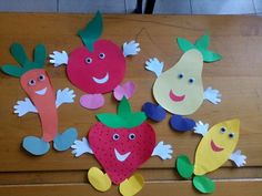 Hand Crafts For Kids, Easy Fall Crafts, Animal Crafts For Kids, Projects For Kids, Art Books For Kids, Art For Kids, Preschool Food Crafts, Letter O Crafts, Duck Crafts