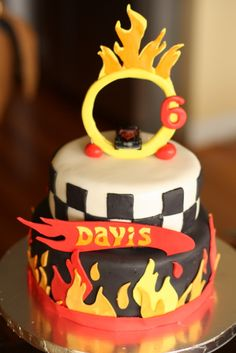 hot wheels cake by paulahennig, via Flickr
