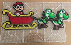 Christmas Mario Bros and Yoshi Cross stitch pattern / Perler Melty Bead Patterns, Bead Embroidery Patterns, Pearler Bead Patterns, Perler Patterns, Beading Patterns, Cross Stitch Patterns, Bracelet Patterns, Color Patterns, Mosaic Patterns
