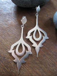 Earrings : Persian winds Try Handmade Gallery Free Handmade Advertising Metal Clay Jewelry, Jewelry Art, Jewelry Accessories, Jewelry Design, Fashion Jewelry, Jewellery, Silver Earrings, Silver Jewelry, Silver Ring